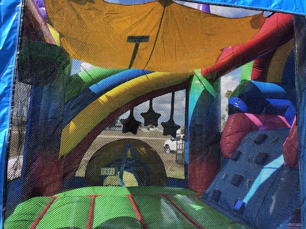 Rainbow Inflatable bounce house rentals